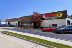 Exterior Building at Dean's Auto Body and Collision Center in Sheboygan, WI